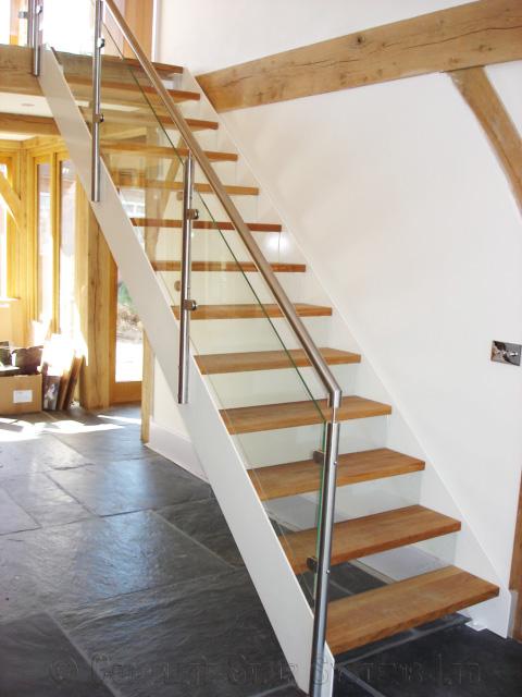 Bespoke-Staircase-Basingstoke-31